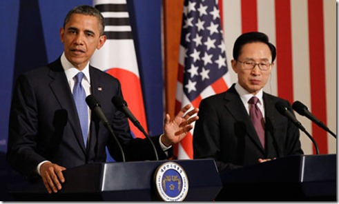 Barack-Obama-with-Lee-Myu-008